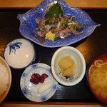 香車 - アジのたたき定食 840円