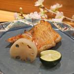 日本料理 太月 - 釣りきんき