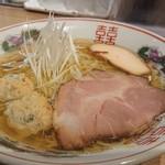 らーめん木蓮 - 料理写真:焼あご出汁の塩ラーメン850円