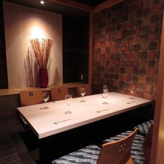 焼鳥 華備 - 6名様仕様の掘り炬燵完全個室