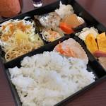 サッポロ珈琲館 - 料理写真:無農薬の白米弁当770円