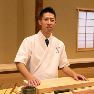 大賀伸一郎氏(オオガシンイチロウ)──躍進し続ける若き鮨職人