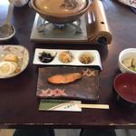 湯元 湧駒荘 - 朝ごはん全景