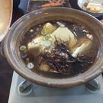 湯元 湧駒荘 - 朝ごはん豆腐と海草の鍋