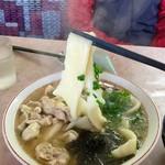 來福 - 料理写真:【旦那が注文したメニュー】鶏汁烩麺(650円)
