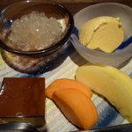 仙之助 - デザート・グレープフルーツゼリー・バニラアイス・プリン・柿とリンゴ