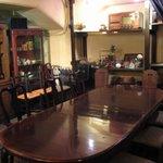 ドールドレス - 2Fスペース 広めのテーブルでお茶会やパーティーもできます