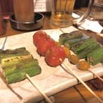 炙りま専科 - 野菜串4種盛り