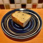 104653563 - ランチのパン