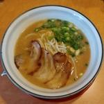 麺 徳次郎 - 料理写真:徳次郎ラーメン・新味(730円)