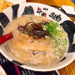 博多流斗樹 - とんこつらぁめん700円
