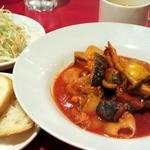 パシオン・エ・ナチュール - ゴロゴロ野菜と鶏肉のディアブロ風ランチ 900円