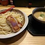 104663052 - カシューナッツつけ麺