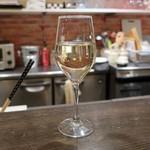 PIKOSHHHU - 白ワイン