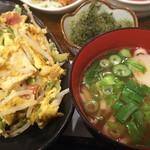 沖縄料理 なんくるないさ - 色々つまみとしては良かった