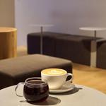 ブルーボトルコーヒー - コスタリカとラテ