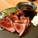 煙陣 - 煙陣@帯広 店主が射止めたエゾ鹿肉のたたき(950円)