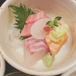 天ぷら 串割烹 なかなか 室屋 - 刺身 特にサーモンが美味しかった