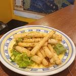 バール イタリアーノ ダ パオロ - ホワイトアスパラのアンチョビバターソテー