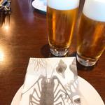 ビストロ シロ - ビールで乾杯!