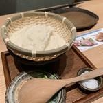 八吉 - 八吉のざる豆腐680円