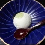 笹乃雪 - 豆腐アイスクリーム