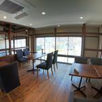 カフェ フクバコ - 2階