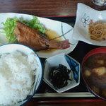 1047036 - 煮魚定食@500円