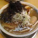 飛雄馬 - 塩チャーシューメン・黒マー油+半熟玉子