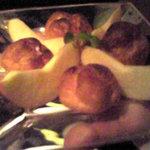 902 - デザート:シューアイス(バニラ、苺、チョコ)