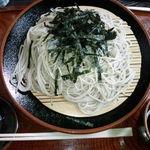 箱根旧街道 石だたみ - ざるそば(大盛)