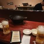 チャップ - 内観とビール560円
