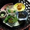味膳 古雅味 - 料理写真:前菜 湯葉・もずく・白身魚の甘酢漬け・甘露煮など。  籠にのって見た目もきれいです。