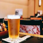 肉の杉本 味散歩 - キリッと冷えた生ビール