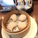 中国料理 桂花 - プルプルエビ蒸し餃子600円