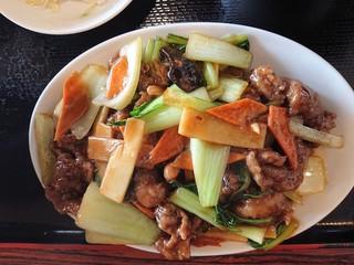 大連食府 - 2019年3月 牛肉のオイスターソース炒め(日替ランチB) 700円