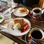珈琲さとう - コーヒーはサイフォンですよ