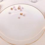 レストラン ペタル ドゥ サクラ - 桜の見せ皿