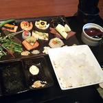 104759478 - 限定手織り寿司
