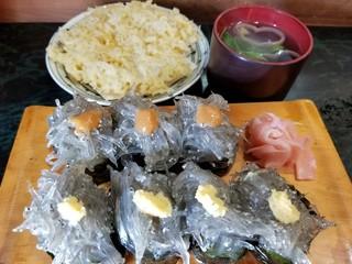 寿司懐石 かご家 - 生しらす軍艦巻き しらすかき揚げセット 1180円