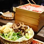 すき焼き 串焼 北斗 - 牛すき焼き上盛りセット