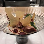 Fine bouche - 新玉葱のババロアに富山産の生ホタルイカのポシェを柚子の香りで