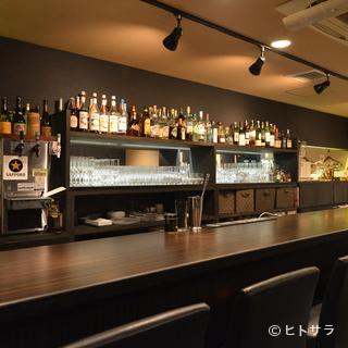 創作料理に合うワインならおまかせ。さらに地酒を中心に日本酒も
