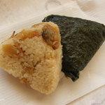 福よし - 料理写真:オープン~「あさり」と「ピリカラ」のおむすび!