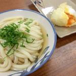 竹清 - 料理写真:一玉(そのまま)をかけだしで。半熟卵天ぷら(揚げたて)