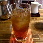 俺のもつ鍋とハンバーグの店 キセキ - ウーロン茶
