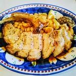 アズーリ - 豚肉の薪窯焼き