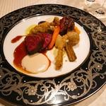 アンシャンテ - 黒毛和牛ランプ肉のロースト 山菜のフリット スービーズとジュドブフ