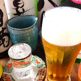 お寿司との相性は最高!リーズナブルな価格でうまい地酒を提供!