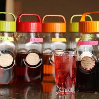 焼酎・日本酒・果実酒はもちろん薬酒もあります!